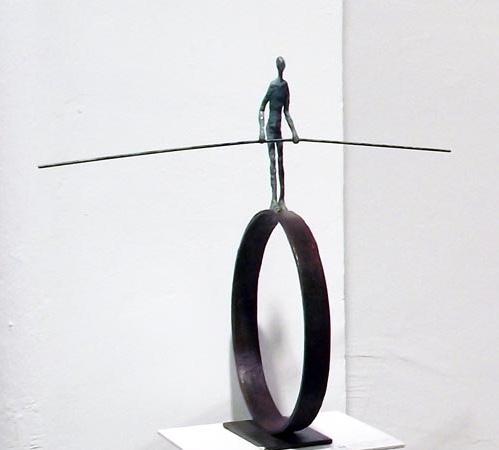 Alonso Márquez - Equilibrista sobre aro